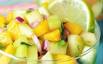 Salad xoài dưa leo