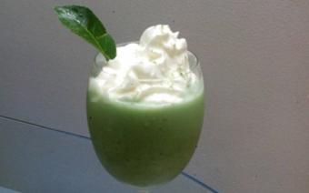 Sinh tố trà xanh