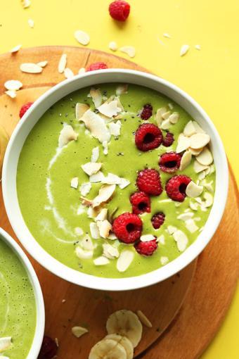 Sinh tố trà xanh rau quả