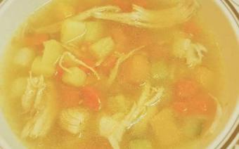 Súp rau củ thịt gà