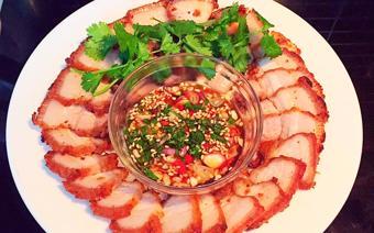 Thịt ba rọi chiên kiểu Thái