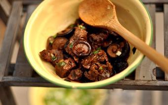 Thịt bò kho nấm