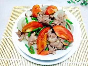 Thịt bò xào cà chua