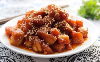 Thịt gà sốt chua ngọt