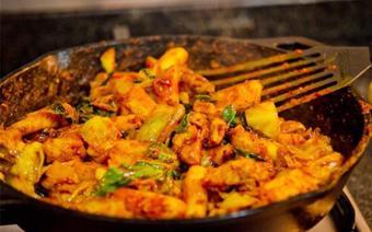 Thịt gà xào bắp cải
