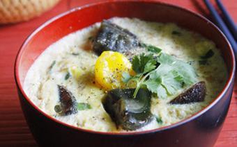 Thịt hấp trứng bách thảo