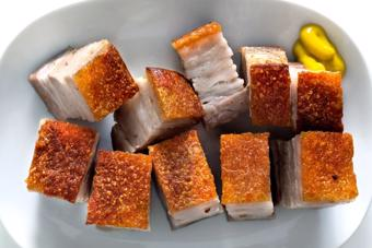 Thịt heo quay bằng chảo đơn giản