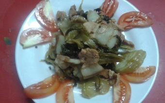 Thịt nấu dưa cải chua