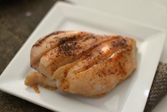 Thịt ức gà nướng ăn kiêng