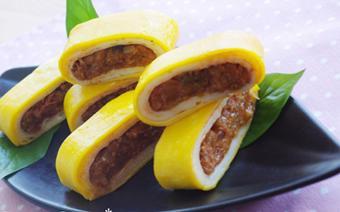 Trứng chiên cuộn kim chi