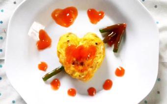 Trứng cuộn hình trái tim
