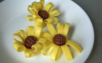 Trứng hình hoa