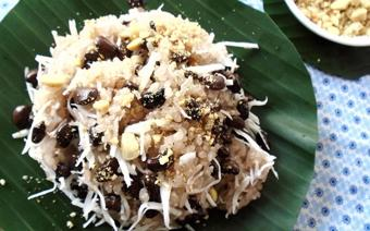 Xôi đậu đen dừa nạo