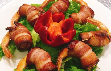 Bacon cuộn tôm chiên
