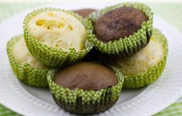 Bánh bông lan hấp