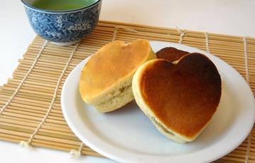 Bánh chiên Dorayaki trái tim