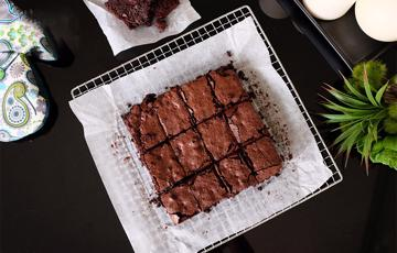 Bánh chocolate chip brownie