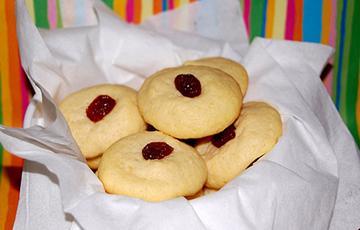 Bánh cookies bơ nho khô