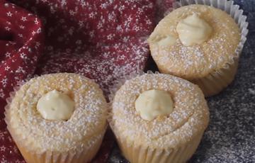 Bánh cupcake Hokkaido