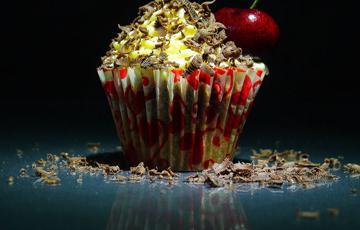 Bánh cupcake phô mai cherry