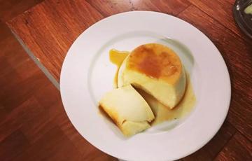 Bánh flan mềm mịn đơn giản
