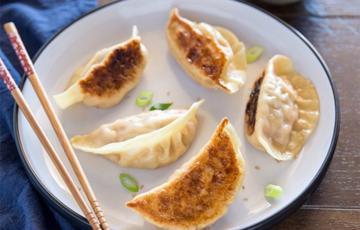 Bánh kimchi mandu Hàn Quốc