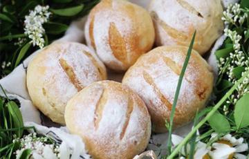 Bánh mì nho khô nướng