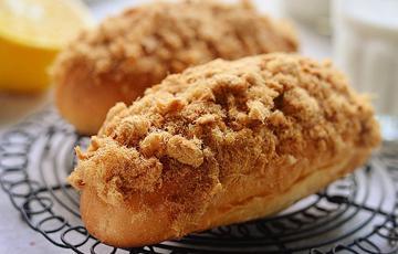 Bánh mì phủ chà bông