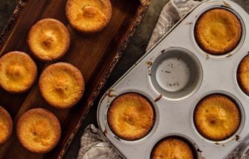 Bánh muffin bơ dừa dẻo