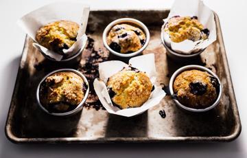 Bánh muffin việt quất nướng