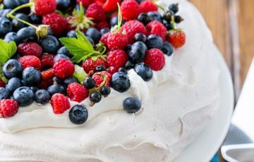 Bánh Pavlova ngọt ngào