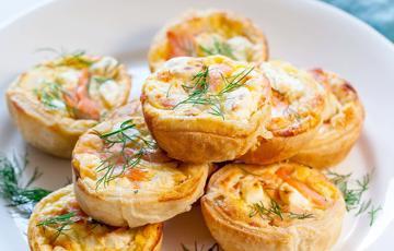 Bánh quiche mini cá hồi