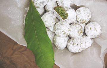 Bánh quy trà xanh hạnh nhân
