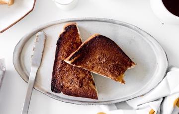 Bánh toast đường quế