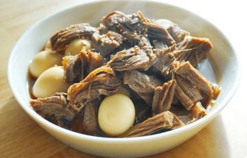 Bò kho trứng cút kiểu Hàn