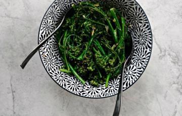 Bông cải xanh nướng gừng tỏi