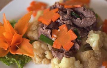Bông cải xào bò