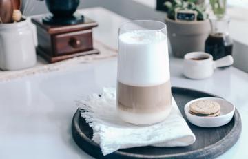Latte Macchiato - Cà phê sữa tươi nóng
