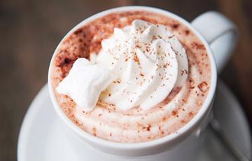 Cacao nóng kem tươi