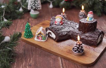 Cách làm bánh khúc cây Noel siêu đơn giản