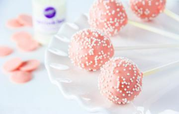 Cake Pop phủ chocolate