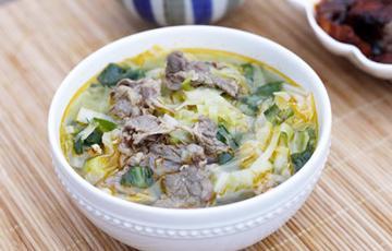 Canh bắp cải nấu thịt bò