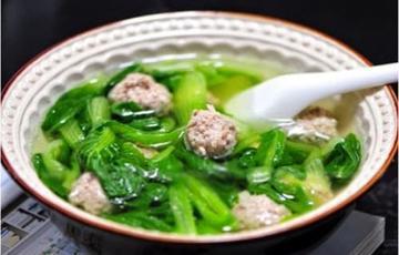 Canh cải nấu thịt heo