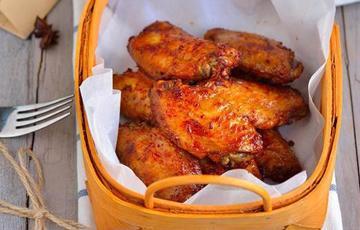 Cánh gà nướng tỏi ớt