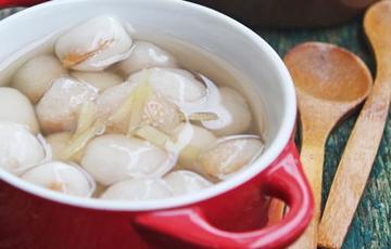Chè bột lọc bọc đậu phộng