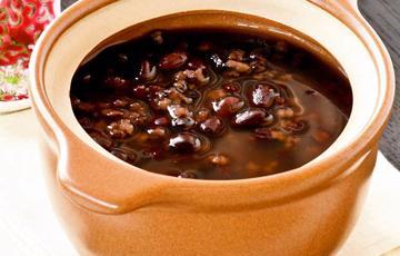 Chè đậu đỏ nếp cẩm cốt dừa