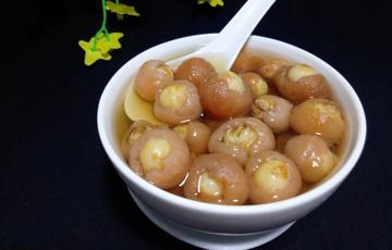 Chè hạt sen long nhãn bổ dưỡng và ngon mê ly
