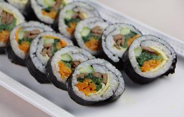 Cơm cuộn Hàn Quốc - Kimbap