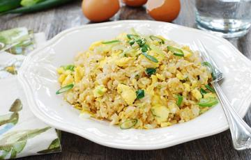 Cơm rang trứng đơn giản