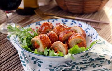 Gà cuộn rau củ nướng thơm
